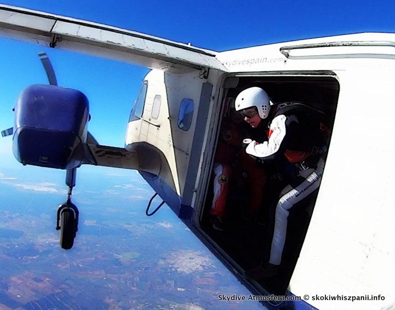 skoki spadochronowe hiszpania.45-001