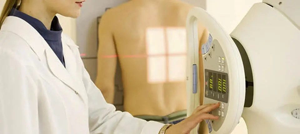 chiropractic scoliosis treatment starts with proper x-rays