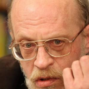 Андрей Столяров писатель