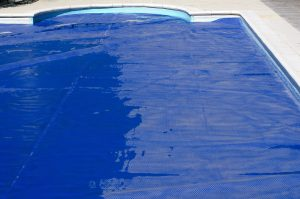 benefits-of-installing-a-safety-cover-on-your-swimming-pool