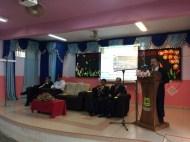 Guru Besar sedang membaca perutusan daripada Menteri Pendidikan Malaysia.