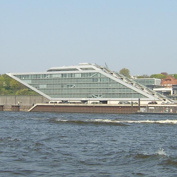 Hamburg-04-2009 130-700