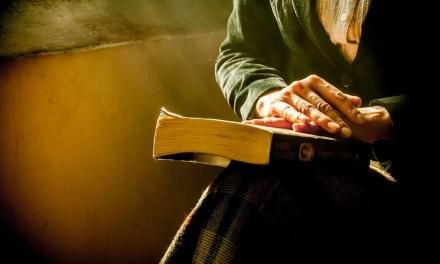 Skriv 100 ord om en bok du minns – skrivutmaning