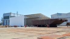 1. vrata Malamocco - pri transportu iz predmontazne hale/Obrada čelika za PROJEKT MOSE/Brodosplit/FOTO Škveranka