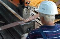 BRODOSPLIT Brodoobradna radionica - Oblikovanje limova na Horizontalnoj presi za projekt izgradnje prvog od pet ugovorenih jedrenjaka za nautički turizam koji škverani grade za flotu Brodosplit plovidbe