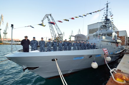 Brodosplitov prototip obalnog ophodnog broda i posada Hrvatske ratne mornarice - FOTO Skveranka 3.12.2018.