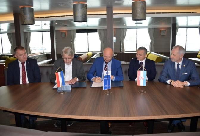 Potpisivanje ugovora za izgradnju još jednog broda nakon isporuke Brodosplitovog polarnog kruzera Hondius