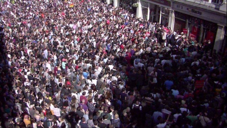york crowd