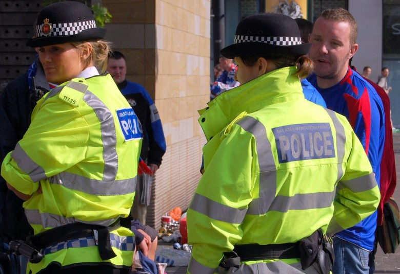 Greater_Manchester_Police_in_Piccadilly_Gardens_28Manchester2C_England29