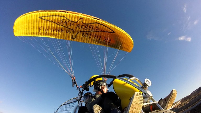 powered paragligind in Maspalomas Gran Canaria