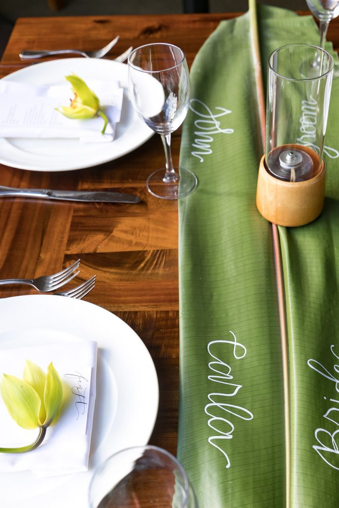 simple modern tropical table setting