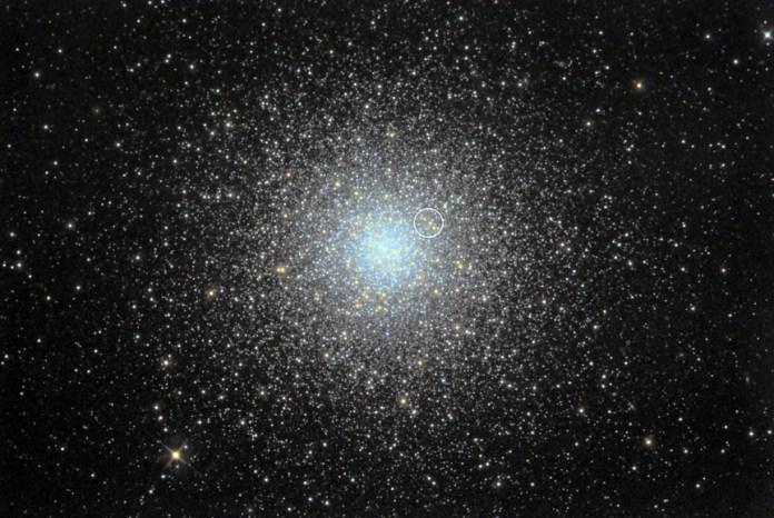M3 गोलाकार चौड़ा दृश्य