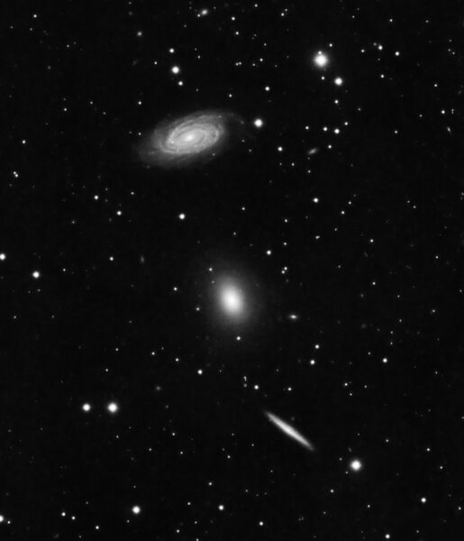 NGC 5982 galaxy grouping