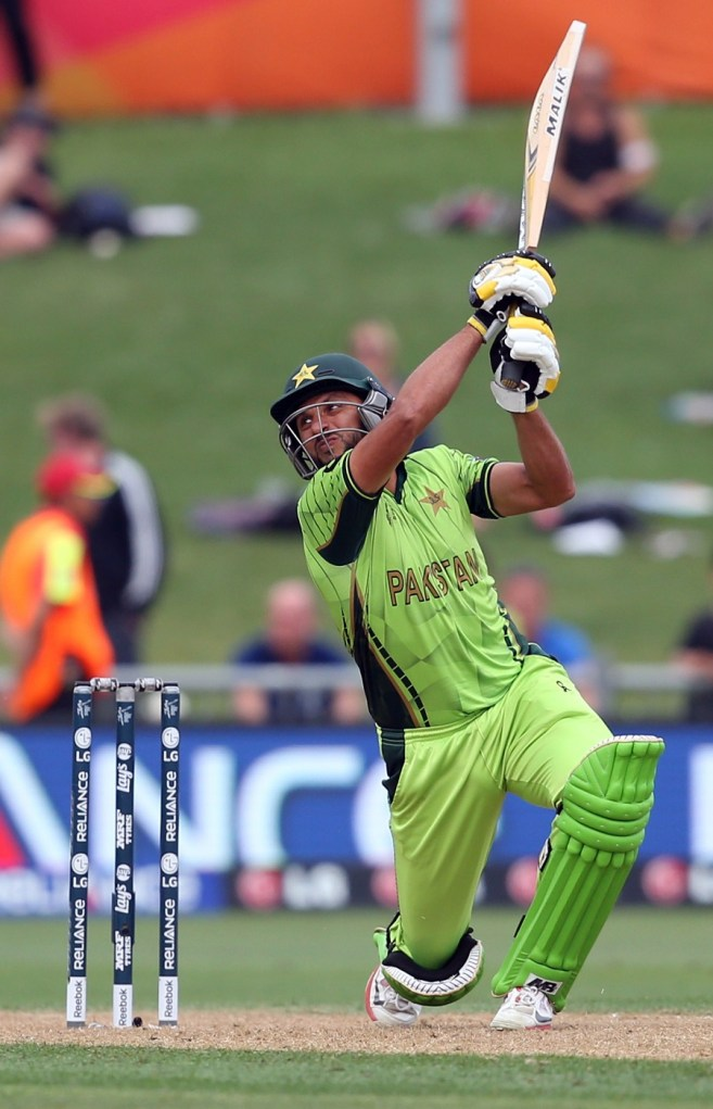 shahid afridi- most sixes in odi