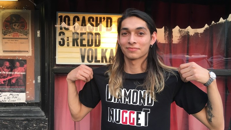 Showcasing Diamond Nugget Band