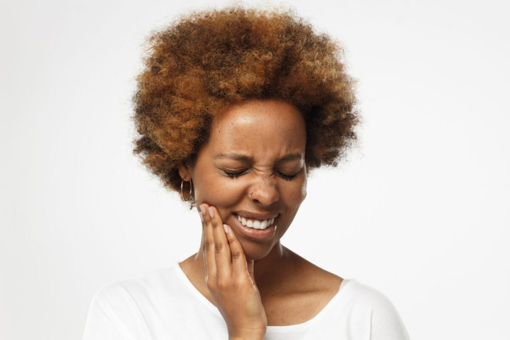 emergency tooth extractions appointments 7 days a week