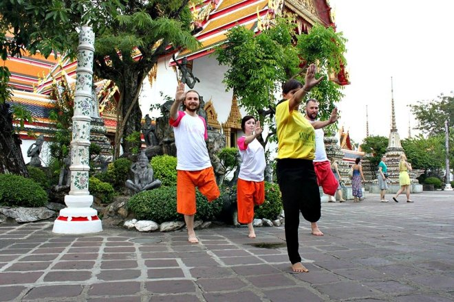 Wat Pho Exercise Class