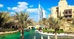 Souk Madinat Jumeirah and Burj Al Arab in Dubai