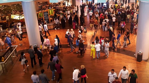 Dubai Mall Crowd