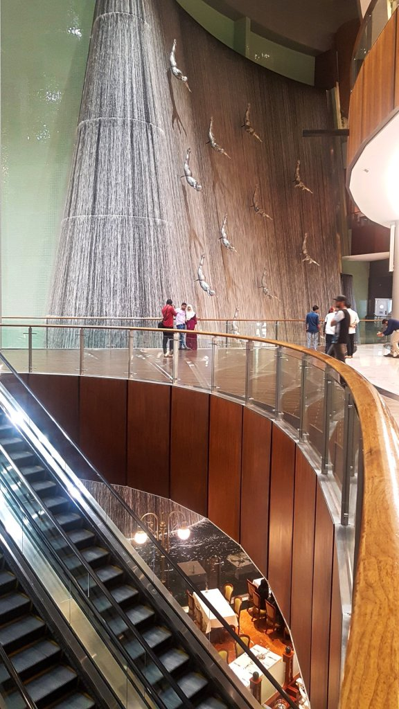 Fountain in Dubai Mall