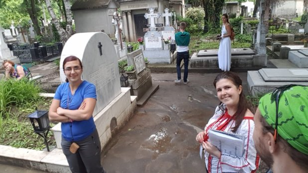 Urban Adventure Dark Side Tour of Bellu Cemetery