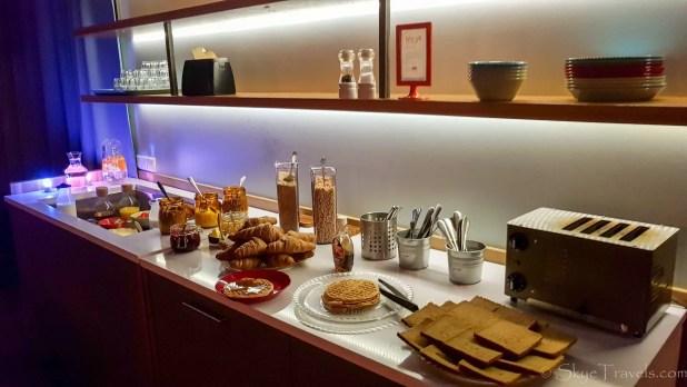 LOFT Hostel Breakfast