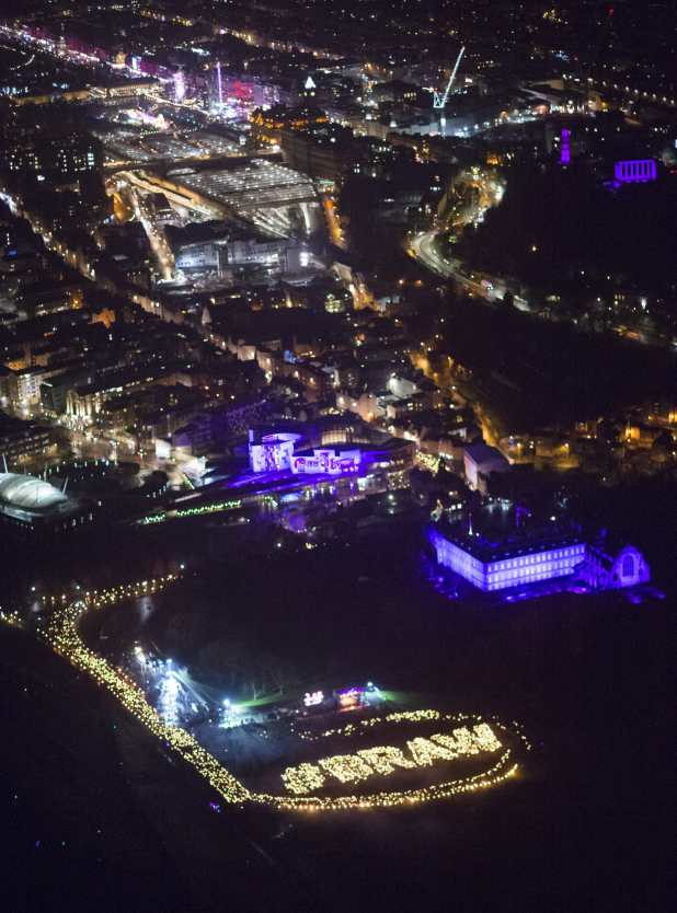 Edinburghs Hogmanay Torchlight Braw is ScotWord (c) Ian Rutherford