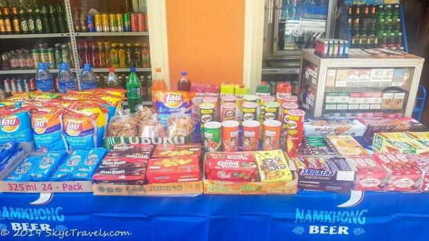 Snacks in Pakbeng