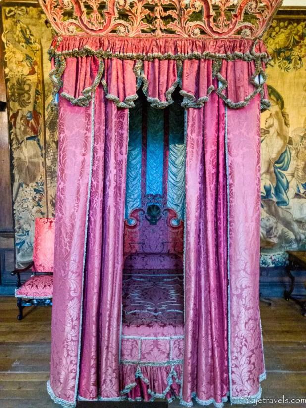 Holyrood Palace King's Bed