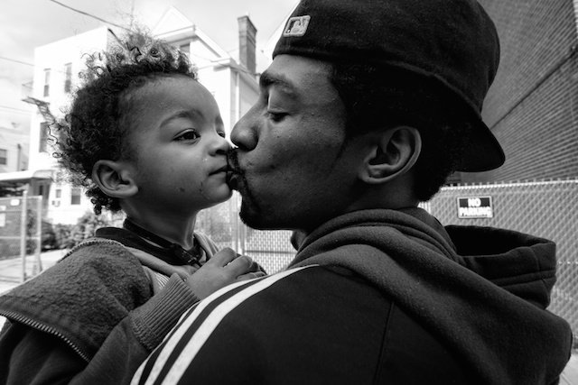 Photo: Zun Lee , from the series Father Figure, www.zunlee.com/fatherfigure
