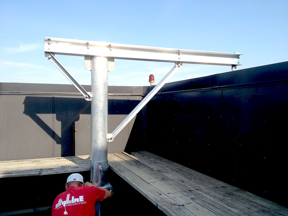 Portable Roof Davits Amp A Davit On A Building Roof