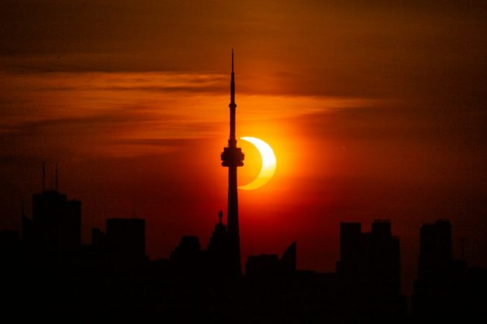 Jenna Hinds took this image of the annular solar eclipse in Toronto at 5:54 a.m. | SkyNews