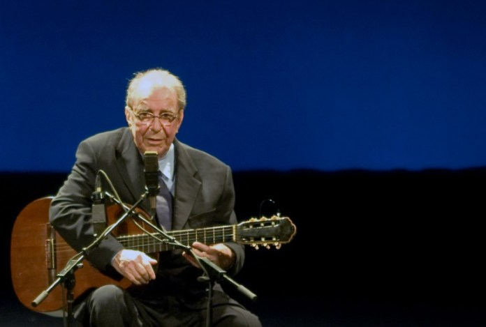 Brazil pays homage to 'greatest artist' Gilberto