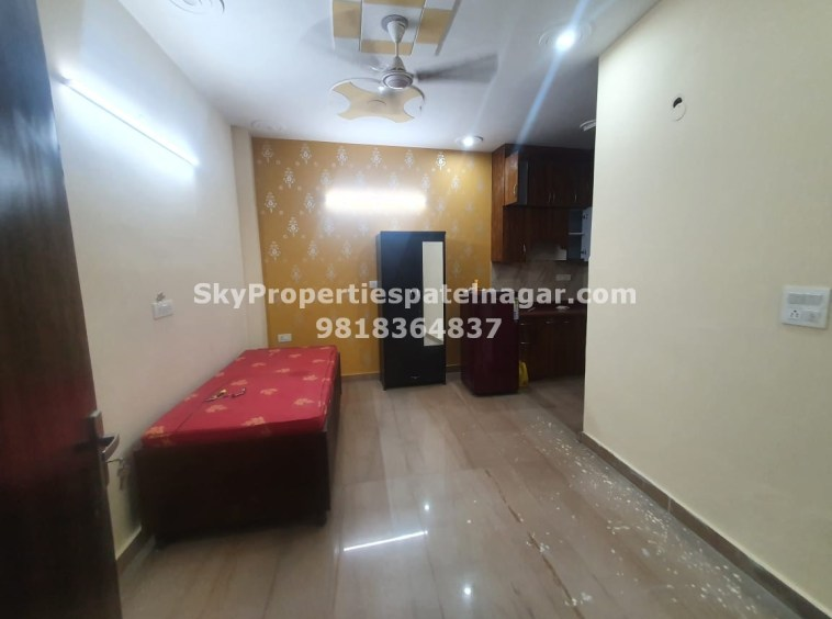 1 BHK Flats for Rent in Patel Nagar South, New Delhi - Single Bedroom
