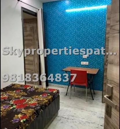 1 BHK Flats for Rent in Patel Nagar South, New Delhi