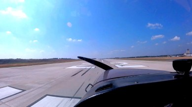 Cessna 172 Landing on Runway 22