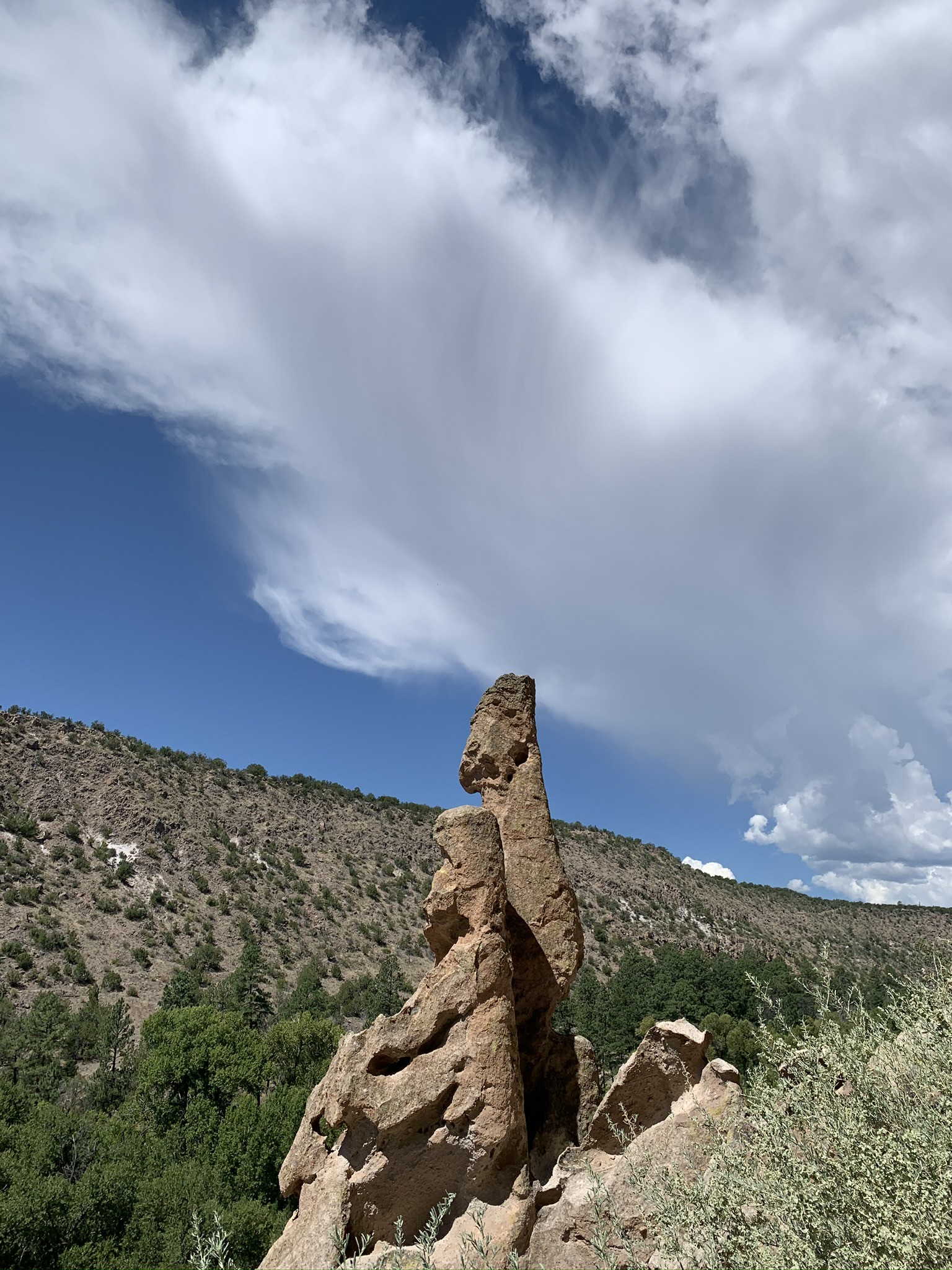 Hiking up to cliff dwellings, Bandelier National Monument