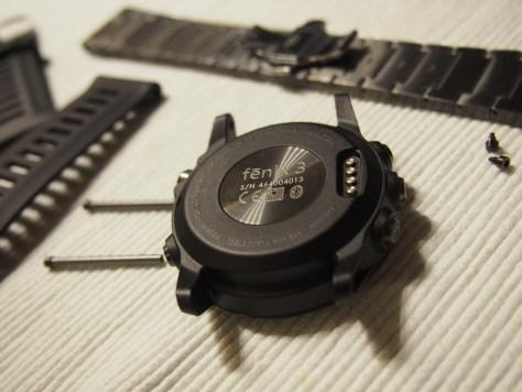vyměnitelné pásky v základním balení verze sapphire - změna pásku je otázkou minuty