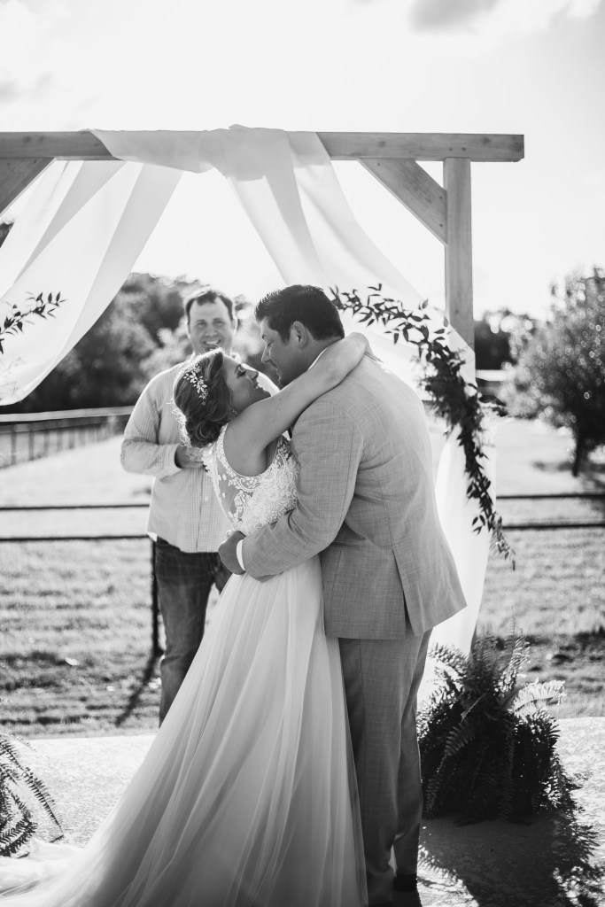 Newly weds' first kiss | Double Oak Wedding Photographer | Skys the Limit Production