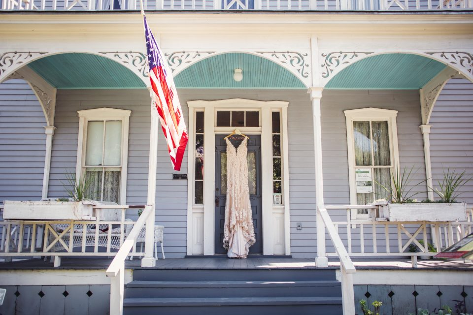 Wedding dress | chapel at chestnut square in McKinney, TX | Skys the Limit Production