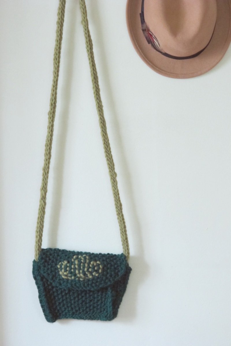 small cross body knitted boho purse free knitting pattern