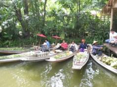 Thailandia_ Bangkok Mercato Galleggiante
