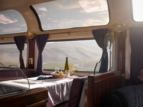 Coast Starlight - restaurant