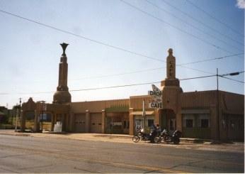 Tower Station Shamrock, TX Photo credit: Onasill ~ Bill Badzo
