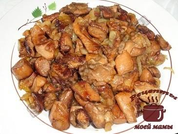 Жареные грибы с луком. Рецепт. Фото