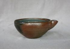Svend Bayer 64. Bowl with spout, wood ash glaze outside, celadon inside, 9 x 18 cm £86