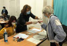 szavazás maszkban