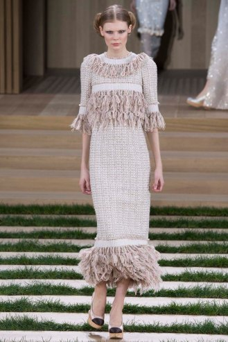 chanel-couture-spring-2016-pfw-46