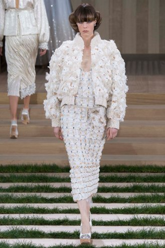 chanel-couture-spring-2016-pfw-51