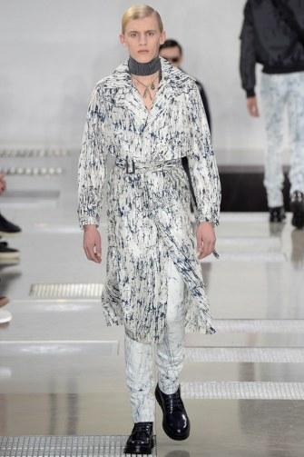 Louis-Vuitton-fall-2016-menswear-pfw-18